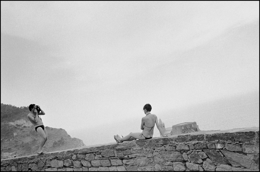 Couple on the Italian Riviera in summer : Structured Moments : SUSAN MAY TELL: Photographs of Space, Silence & Solitude